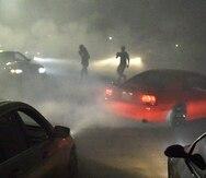 Se popularizan las carreras ilegales de autos en los Estados Unidos