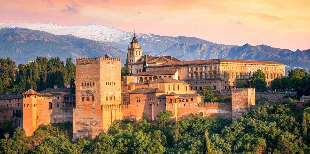 La Alhambra, en Granada, está abierta al público desde hace varias semanas.