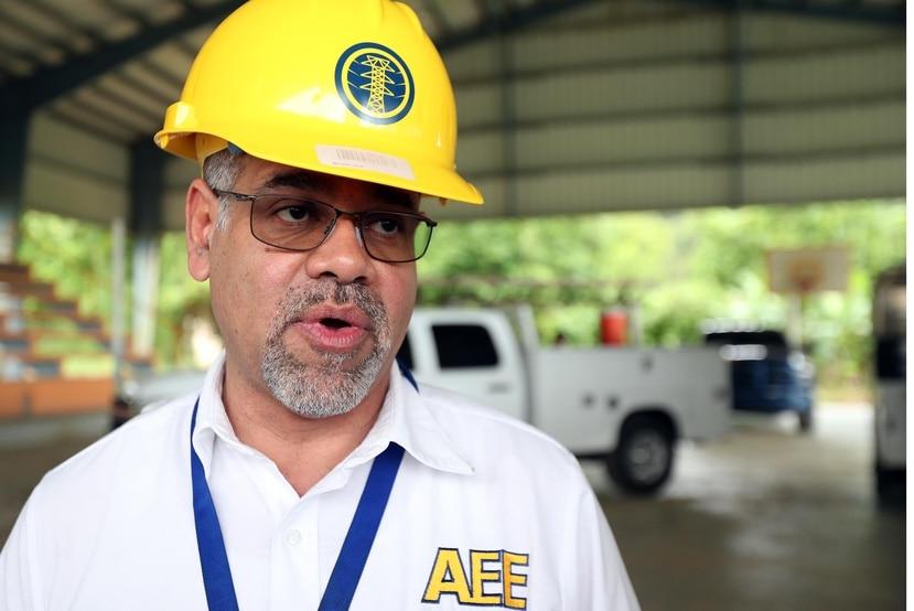 Justo González, jefe interino de la AEE, dijo que se evalúa la posibilidad de instalar  microrredes de energía renovable en Culebra y Vieques. (GFR Media)
