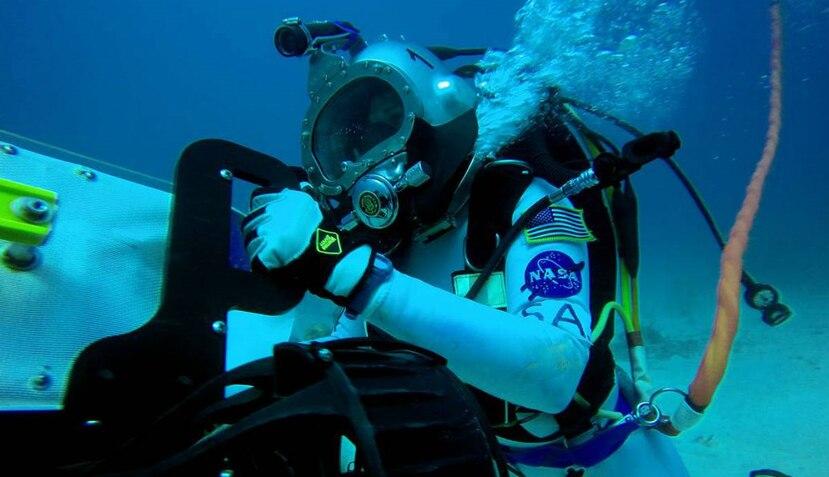 El laboratorio subacuático Aquarius está construido a 62 pies bajo la superficie del mar (NASA).