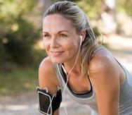 Si tu puntaje T está por debajo de -2, debes realizar ejercicios regularmente y obtener suficiente vitamina D y calcio en la dieta.