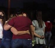 Los padres de Keishla Rodríguez Ortiz participaron del proceso de identificación de cuerpo encontrado en la laguna San José