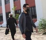 Jensen Medina Cardona a su llegada al Tribunal de Fajardo.