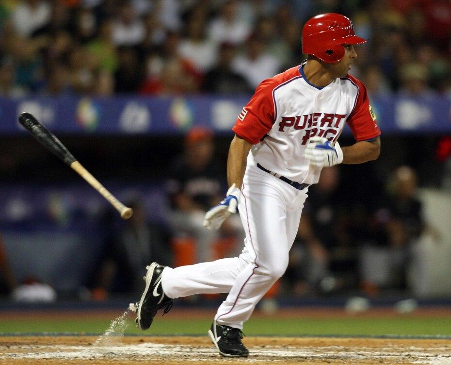 También, formó parte de la Selección Nacional que en los Clásicos Mundiales de Béisbol de 2006 y 2009.