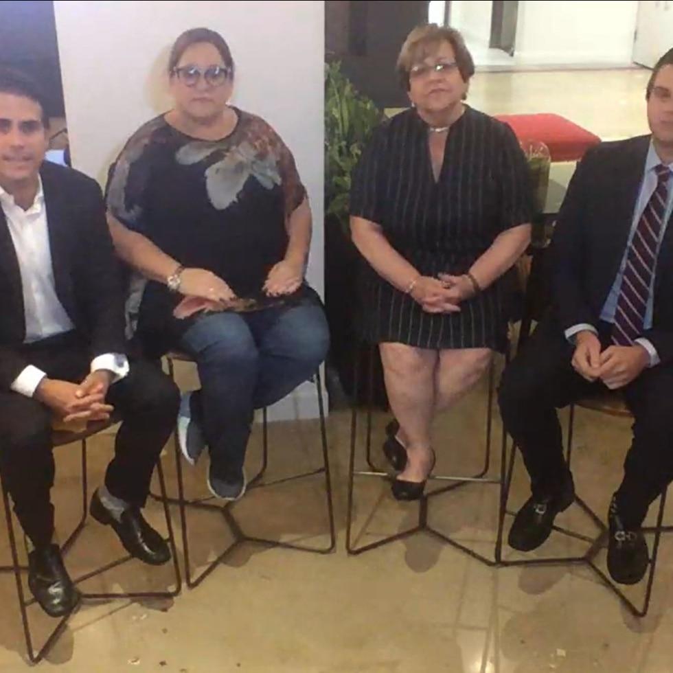 """Ricardo Rosselló, Melinda Romero, María """"Mayita"""" Meléndez y Roberto Lefranc durante la transmisión en vivo."""