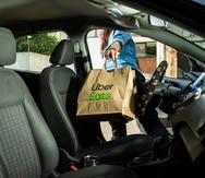 Entrega de comida Uber Eats.