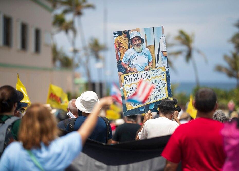 """La marcha fue bautizada con el nombre """"No a la estadidad, sí a la descolonización""""."""