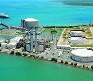 Con mejoras en las turbinas –no contempladas al momento–, EcoEléctrica podría producir energía quemando hidrógeno en un 30% combinado con gas natural, según la gerencia.