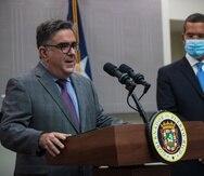 El secretario del DRNA, Rafael Machargo, y el gobernador Pedro Pierluisi.