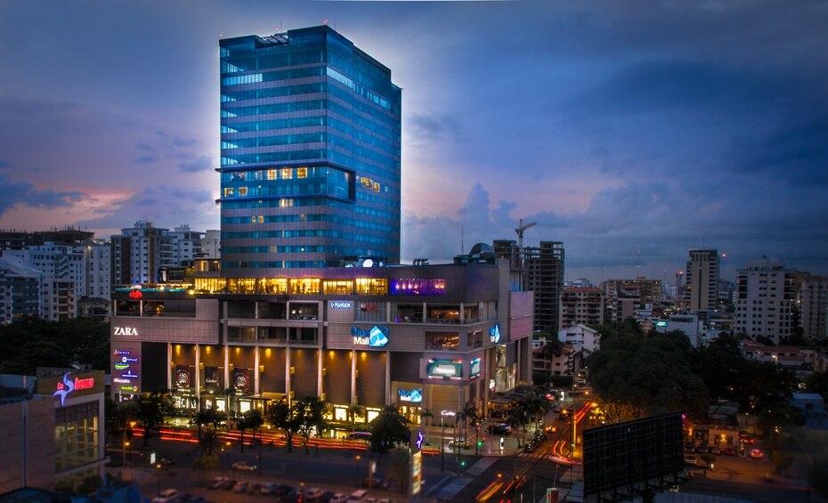 El hotel cuenta con siete pisos que comienzan a partir del 14 hasta el 20, iso en el que ubican todas las suites.