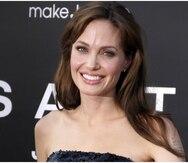 Angelina Jolie es demandada por robo y humillación