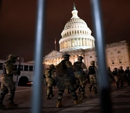 El jefe del Pentágono se compromete con una transición pacífica de poder a Joe Biden