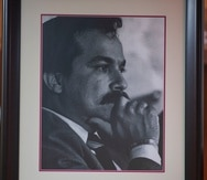 Exponen una foto del abogado Héctor Rivera Cruz durante su velorio en la funeraria Ehret, en Río Piedras.