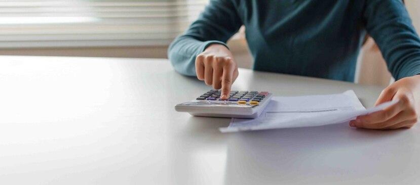 La medida también prohíbe el cobro de intereses, recargos y penalidades. (Shutterstock)