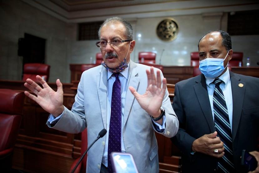 El senado Juan Zaragoza.