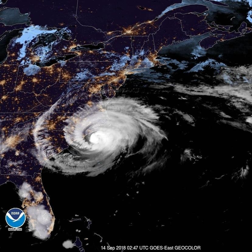 Imagen satelital del huracán Florence mientras se acerca a la costa este de los Estados Unidos. (Captura / NOAA)
