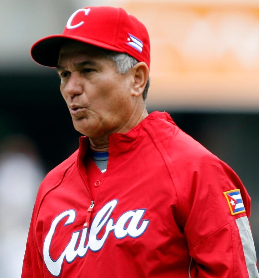 Higinio Vélez dirigió al equipo nacional de Cuba en competencias como la Copa Mundial, las Olimpiadas y el Clásico Mundial de Béisbol antes de pasar a presidir la Federación Cubana de Béisbol.