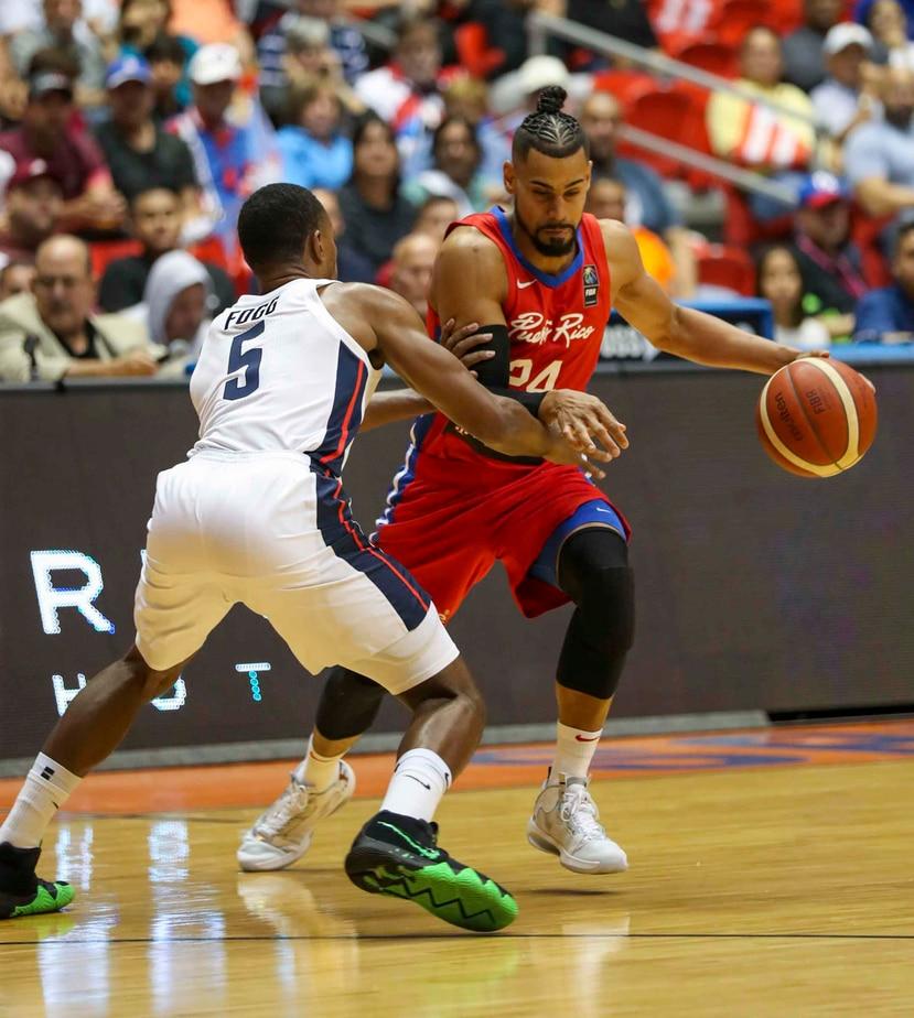 Gian Clavell es integrante de la Selección Nacional de baloncesto. (Archivo / david.villafane@gfrmedia.com)