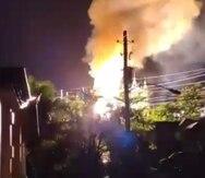 Un incendio en una subestación de la AEE dejó sin electricidad a varios sectores de Ciales y Morovis