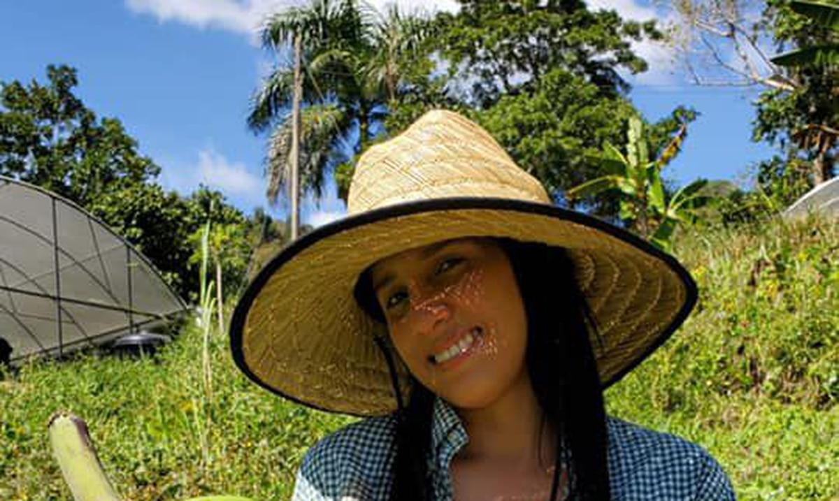 Agricultora joven apuesta a la venta directa de su cultivo