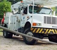 Un camión de la Autoridad de Energía Eléctrica.