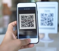 El escaneo de códios QR es una de las herramientas de pagos sin contacto que se popularizó durante la pandemia.