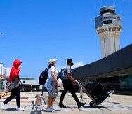Se busca tener mayor control en el aeropuerto para las personas que arriben al país.