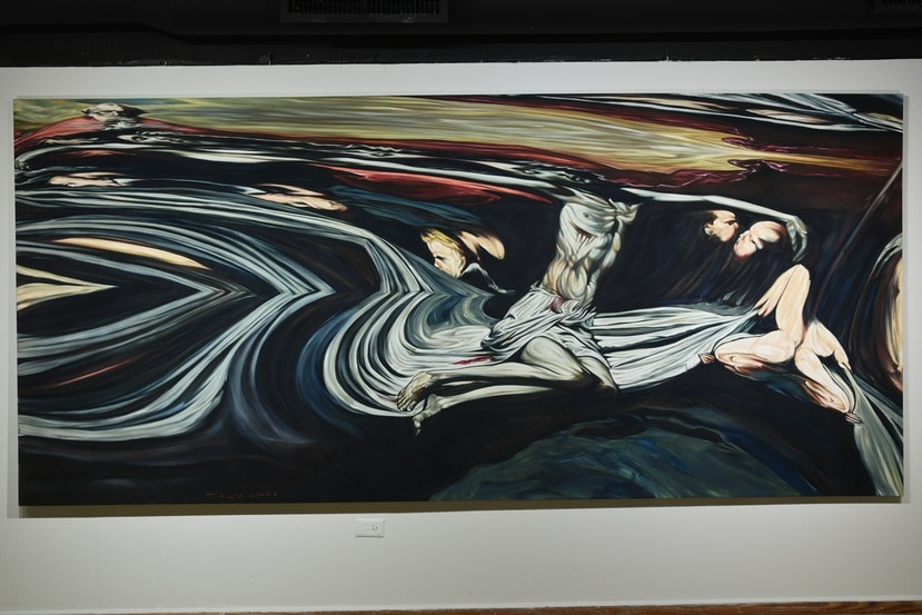"""La pieza """"La Santísima Tiranidad"""", forma parte de esta nueva exposición individual del artista."""
