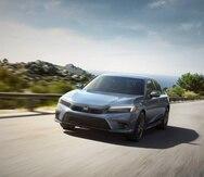 El Honda Civic 2022 tiene disponible dos motores de 2.0 litros y 158 caballos de fuerza en las versiones LX y Sport.