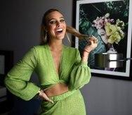 La artista se encuentra en Puerto Rico para promover el sencillo y video musical de Abajo y arriba, con la colaboración del exponente urbano puertorriqueño Juhn.