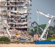 El edificio del condominio que colapsó en Miami y que luego fue derrumbado.
