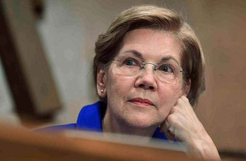 La senadora demócrata Elizabeth Warren fue una de las firmantes. (AP)