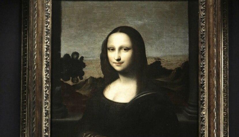 La famosa pintura de Leonardo Da Vinci se exhibe en el Museo Louvre de París (EFE).