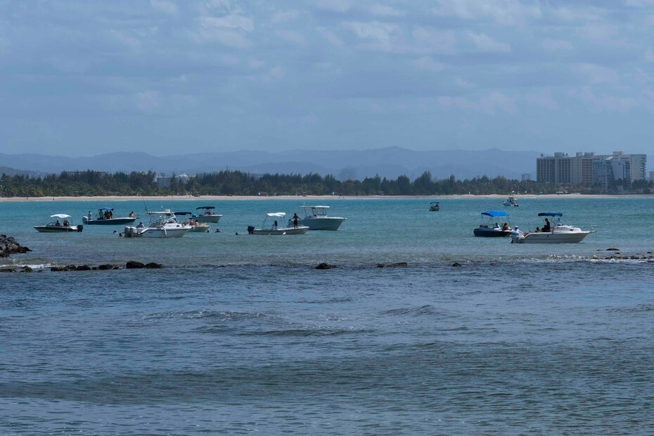 La nueva orden permite el reinicio de la utilización de botes y embarcaciones solo para la recreación sin desembarco en playas.