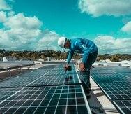 Según Máximo Torres, presidente de Máximo Solar, las batería de litio han ganado popularidad por su capacidad de almacenamiento de energía.