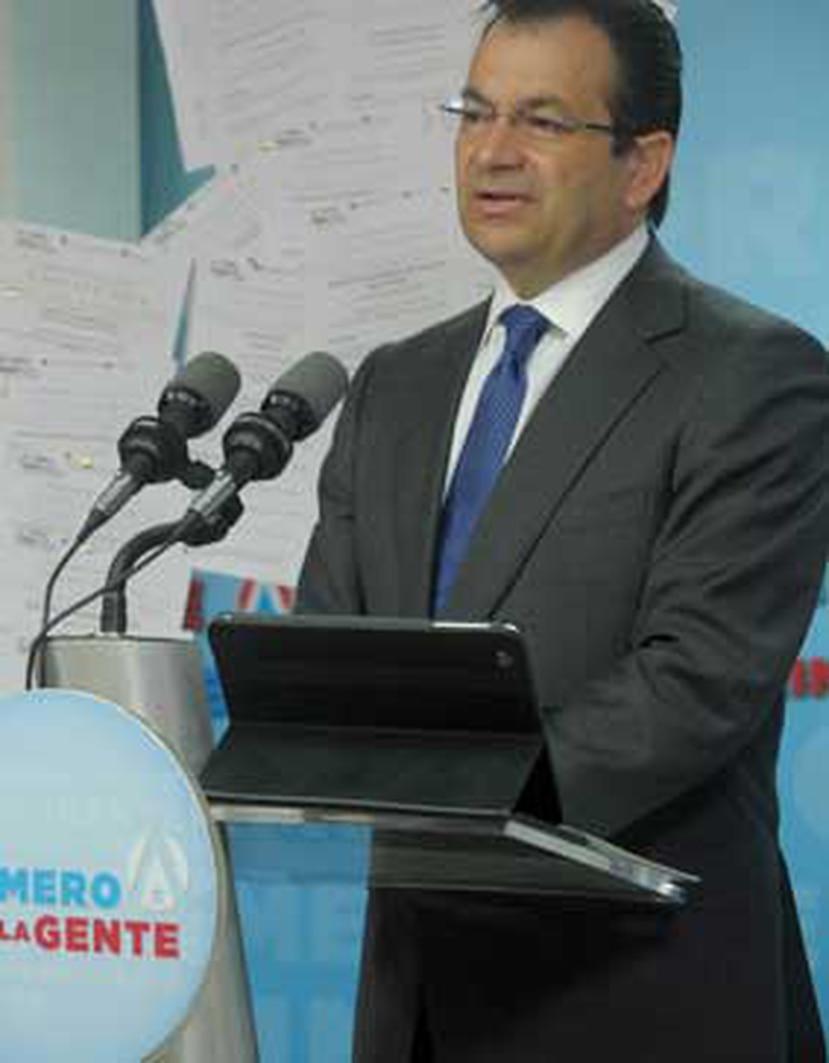 Según números preliminares, dijo Faccio, una vez concluido el debate, miles de personas se volcaron en el portal oficial de la campaña, alejandrogarciapadilla.com. (Archivo)