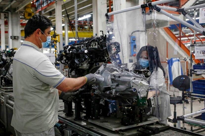 Las fábricas automotrices de Detroit emplean a unos 150,000 obreros tan sólo en Estados Unidos. (AP)