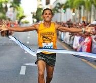 Fernando Ojeda fue el primer atleta en llegar a la meta con tiempo de 14:51 minutos. (Suministrada)