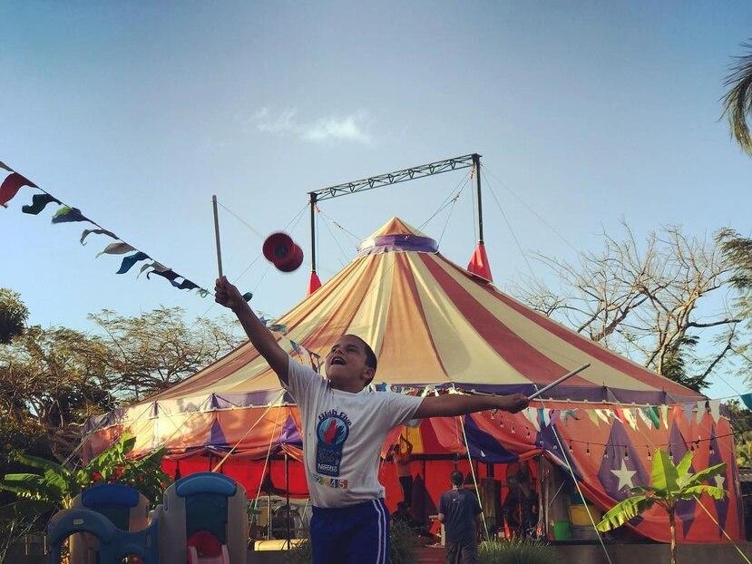 La ENCPR ofrece un abarcador programa de talleres dirigidos a desarrollar las artes circenses, a la vez que desarrolla un modelo de intervención comunitaria a través del circo. (Suministrada)