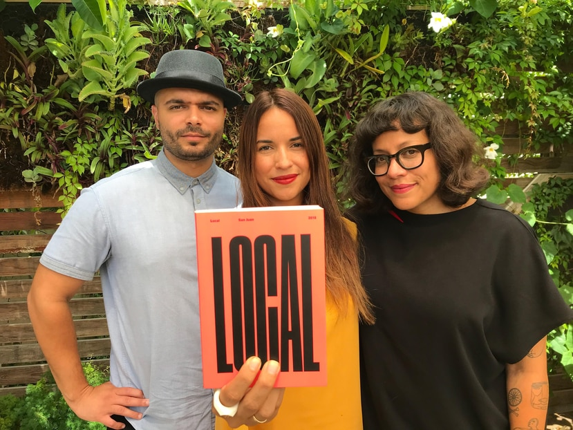 """El artista Tony Rodríguez, la gestora cultural Hazel Colón, y la fotógrafa y editora Mariángel González son los creadores de """"LOCAL"""". (Suministrada)"""