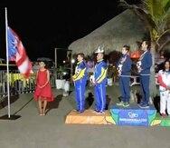 Protesta de Quique Figueroa y Franchesca Valdés durante la premiación en Barranquilla. (Suministrada)