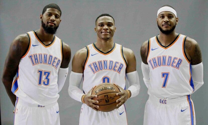 Oklahoma City confía que la firma de Paul George (13) y Carmelo Anthony (7) lleven a Russell Westbrook (0) y al Thunder al campeonato. (AP)