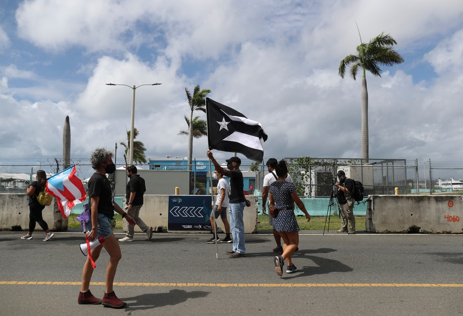 The demonstration took place at the Ceiba, Vieques and Culebra boat terminals.