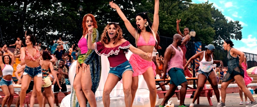 """Dascha Polanco, Daphne Rubin-Vega y Stephanie Beatriz en una escena de """"In the Heights"""". (Warner Bros. vía AP)"""