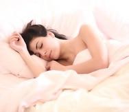 Crear un ambiente apropiado en tu habitación ayudará a que concilies el sueño.