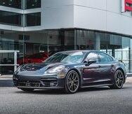 El nuevo Porsche Panamera está disponible en el país en seis versiones, tres de ellas híbridas enchufables.