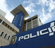 Arrestan a un hombre que presuntamente golpeó con un tubo de metal a su hijo de 16 años