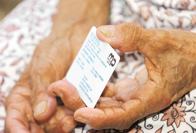 El Departamento de Justicia advirtió que con el fraude los estafadores logran obtener información personal de los beneficiarios de Medicare y Medicaid. (GFR Media)