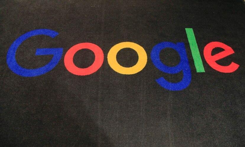 Google canaliza sus ganancias no obtenidas en Estados Unidos a través de Holanda, Irlanda y Bermuda para reducir sustancialmente los impuestos que tiene que pagar.