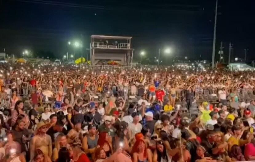"""Imagen del público en el """"Guaya Guaya Fest"""" el sábado en la noche."""